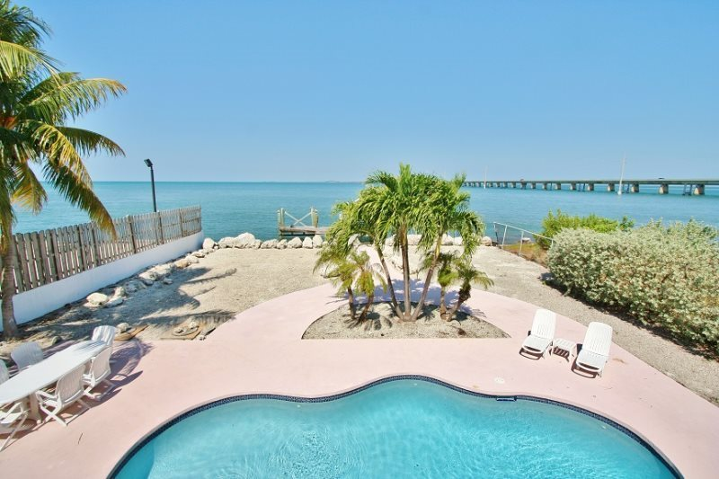 beachfront vacation rentals Marathon FL